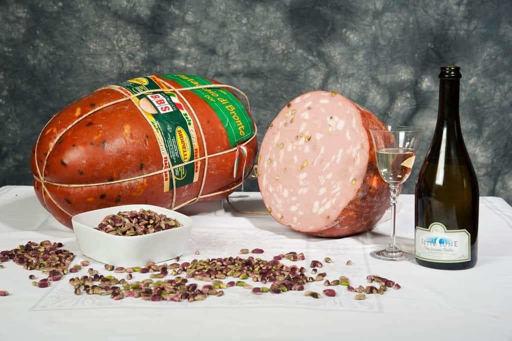 mortadella-vescica-naturale-pistacchio
